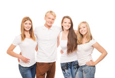 Grupo de adolescentes novos, à moda e felizes imagens de stock royalty free