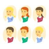 Grupo de alunos bonitos dos desenhos animados Grupo do ícone das crianças isolado no fundo branco Ilustração do vetor ilustração stock