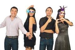 Grupo de amigos que se divierten en el partido Imagen de archivo