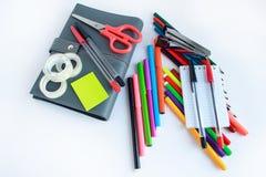 Grupo de artigos de papelaria diferentes da escola e do escritório Fotos de Stock