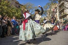 Grupo de bailarines en Valencia, España Imagen de archivo libre de regalías