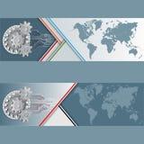 Grupo de bandeiras com o mapa do mundo e o dispositivo feitos das engrenagens Imagem de Stock