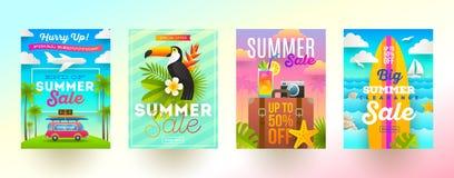 Grupo de bandeiras da promoção de venda do verão Férias, feriados e fundo brilhante colorido do curso Projeto do cartaz ou do bol ilustração stock