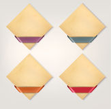 Grupo de bandeiras retros do papel do cartão com ri da cor Imagens de Stock