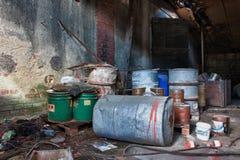 Grupo de barriles con la basura tóxica Imagen de archivo libre de regalías