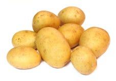 Grupo de batatas isoladas em um fundo branco Fotografia de Stock