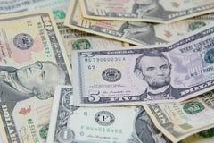 Grupo de billetes de dólar americanos Fotografía de archivo libre de regalías