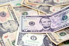Grupo de billetes de dólar americanos Imagen de archivo libre de regalías
