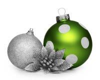 Grupo de bolas de la Navidad aisladas en el fondo blanco Foto de archivo
