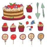 Grupo de bolo, de queques e de bagas Foto de Stock Royalty Free