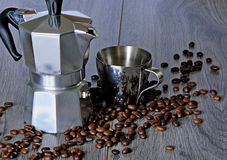 Grupo de café de fabricantes e de café das xícaras de café Fotos de Stock