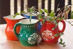 Grupo de canecas coloridas Imagem de Stock Royalty Free