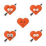 Grupo de caras bonitos lisas do coração do emoji dos desenhos animados com a seta isolada no fundo branco Caras tristes dos emoti Fotos de Stock