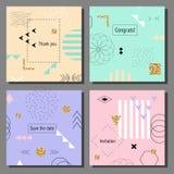Grupo de cartões coloridos artísticos Estilo na moda de Memphis Tampas com teste padrão geométrico liso Foto de Stock Royalty Free