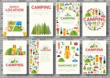 Grupo de cartões da viagem de acampamento Caminhando o molde de flyear, compartimentos, cartazes, capa do livro, bandeiras Backgr fotos de stock royalty free