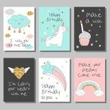 Grupo de cartões mágico do projeto com unicórnio, arco-íris, corações, nuvens e outro elementos Foto de Stock