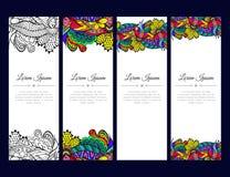 Grupo de cartões ou de bandeiras com o ornamento floral colorido do zentangle Imagem de Stock Royalty Free