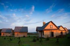 Grupo de casas de madeira Fotos de Stock Royalty Free