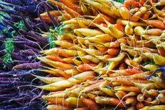 Grupo de cenouras orgânicas foto de stock