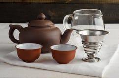 Grupo de chá no fundo de madeira Imagens de Stock