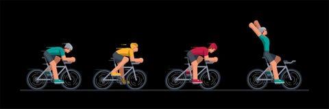 Grupo de ciclistas nas corridas de automóveis Imagem de Stock Royalty Free