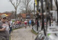 Grupo de ciclistas - París-Roubaix 2018 Foto de archivo libre de regalías
