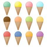 Grupo de cones do waffle e de colheres do gelado com sabores e cores diferentes Sobremesa doce colorida do fruto em cones do waff ilustração royalty free