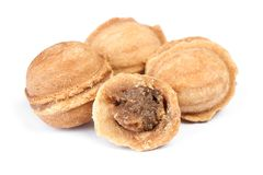 Grupo de cookies caseiros das porcas com leite condensado fotografia de stock royalty free