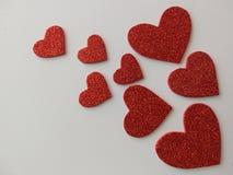 Grupo de corações brilhantes e vermelhos fotos de stock royalty free