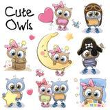 Grupo de corujas bonitos dos desenhos animados Fotos de Stock Royalty Free
