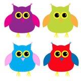 Grupo de corujas bonitos dos desenhos animados Fotografia de Stock Royalty Free