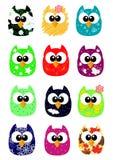 Grupo de corujas engraçadas dos desenhos animados, estilo do jogo Fotografia de Stock Royalty Free