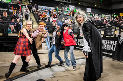 Grupo de cosplayers que se divierten Fotografía de archivo libre de regalías