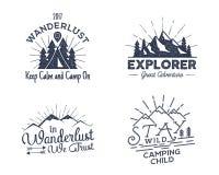 Grupo de crachás da atividade do ar livre Etiquetas exteriores da ilustração retro A tipografia e torna áspero o estilo Logotipo  ilustração do vetor
