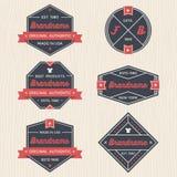Grupo de crachás do vintage, de bandeiras, de etiqueta, de fita e de vetor do molde do logotipo para o negócio e a loja Fotos de Stock