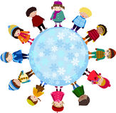Grupo de crianças e de inverno Fotos de Stock Royalty Free