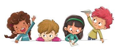 Grupo de crianças na classe Jogo impertinente ilustração royalty free