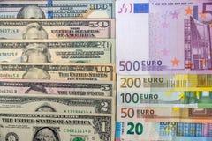 grupo de dólares americanos e grupo de euro Imagem de Stock Royalty Free