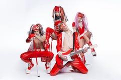 Grupo de dançarinos modernos que dançam no estúdio Foto de Stock