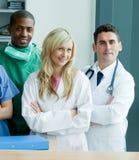 Grupo de doutores em um hospital imagens de stock royalty free
