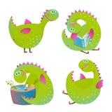 Grupo de dragões dos desenhos animados do divertimento ilustração stock