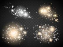 Grupo de efeitos das luzes de incandescência dourados no fundo transparente Foto de Stock