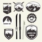 Grupo de elementos do projeto do esqui, crachás, logotipo ilustração do vetor