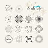 Grupo de elementos do sunburst do estilo do vintage para o gráfico e o design web ilustração stock