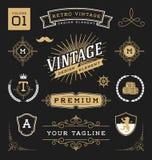 Grupo de elementos retros do projeto gráfico do vintage Imagens de Stock