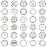 Grupo de engrenagens sob a forma dos ícones simples lineares Imagem de Stock