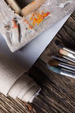Grupo de escovas para pintar, lona, grampeador, grampos, subframe Imagens de Stock