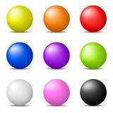 Grupo de esferas realísticas coloridas isoladas no fundo branco Esferas brilhantes lustrosas Ilustração do vetor para sua água fr ilustração stock