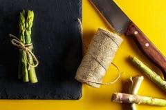 Grupo de espargos verdes frescos Foto de Stock Royalty Free