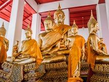 Grupo de estatuas de oro de Buda Fotografía de archivo